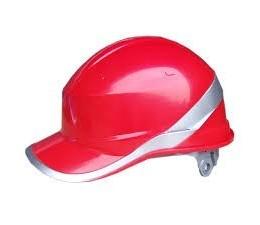Casco tipo gorra de beisbol